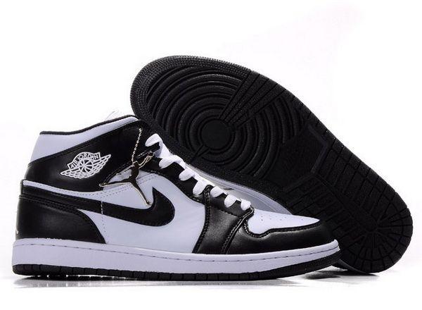 Mens Nike Air Jordan 1 Retro Shoes 09 Black White [Men AJ 1 Retro-