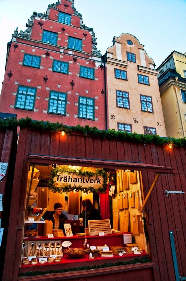 Christmas Market In Gamla Stan Sweden Christmas Christmas Market Sweden