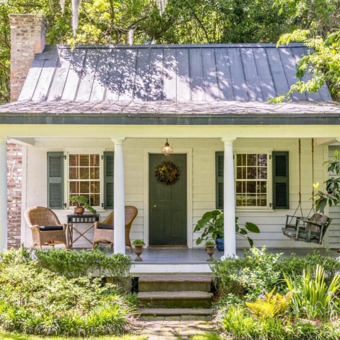 This Little Cabin Has My Heart Love The Sweet Southern Porch Tin Roof And Brick Firepla With Images Cottage House Exterior Small Cottage Homes Small Cottage House Plans
