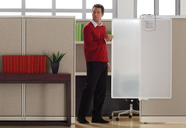 34 Ways To Make Your Cubicle So Much Better Cubicle Cute Cubicle Workstation Privacy