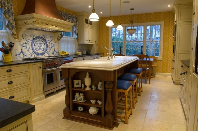 Designed By Kristy Humin Independent Kitchen Bath Staten Island Ny Plain And Fancy Warm Kitchen Colors Schemes French Country Kitchen Warm Kitchen Colors