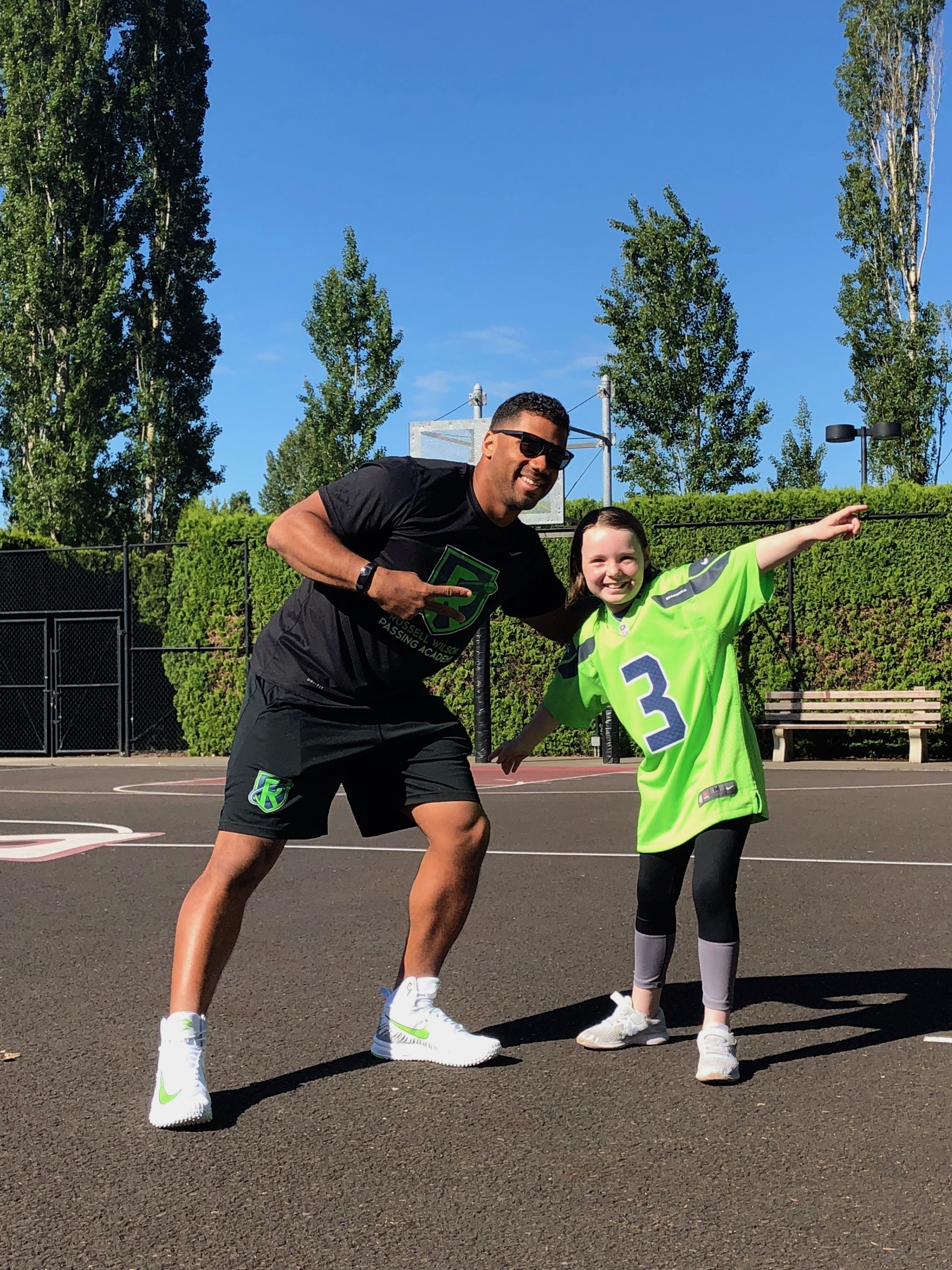 27d291e02d25 Ten-year-old cystic fibrosis patient Chloe got to meet one of her favorite  athletes