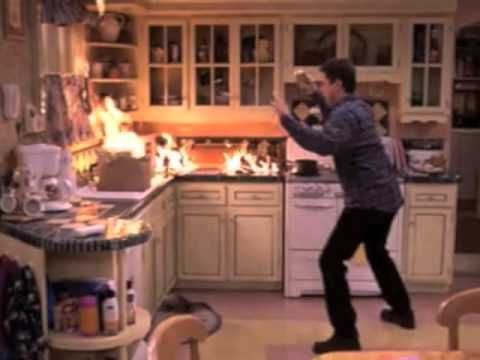 Everybody Loves Raymond Kitchen Fire Youtube Everybody