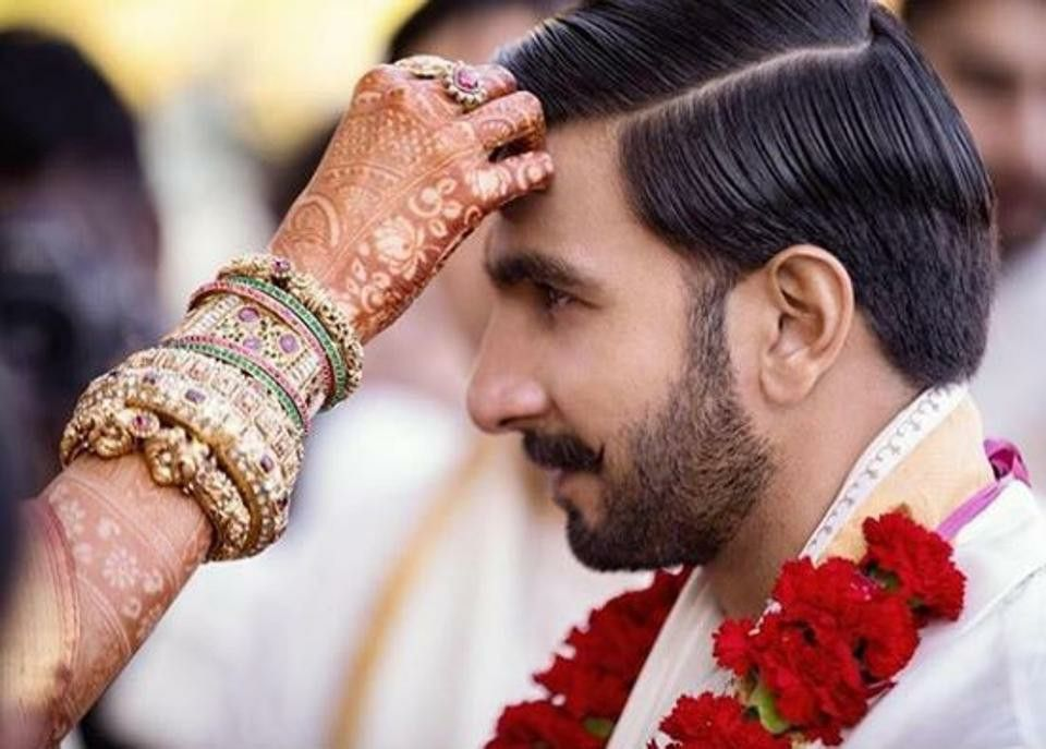 Deepika Wedding Kadas Bangles Indian Wedding Photography Wedding Photo Albums Indian Wedding Pictures