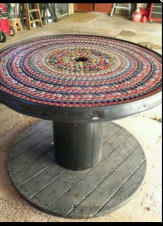Wooden electrical spool bottle cap table diy bottle cap for Large wooden spools used for tables