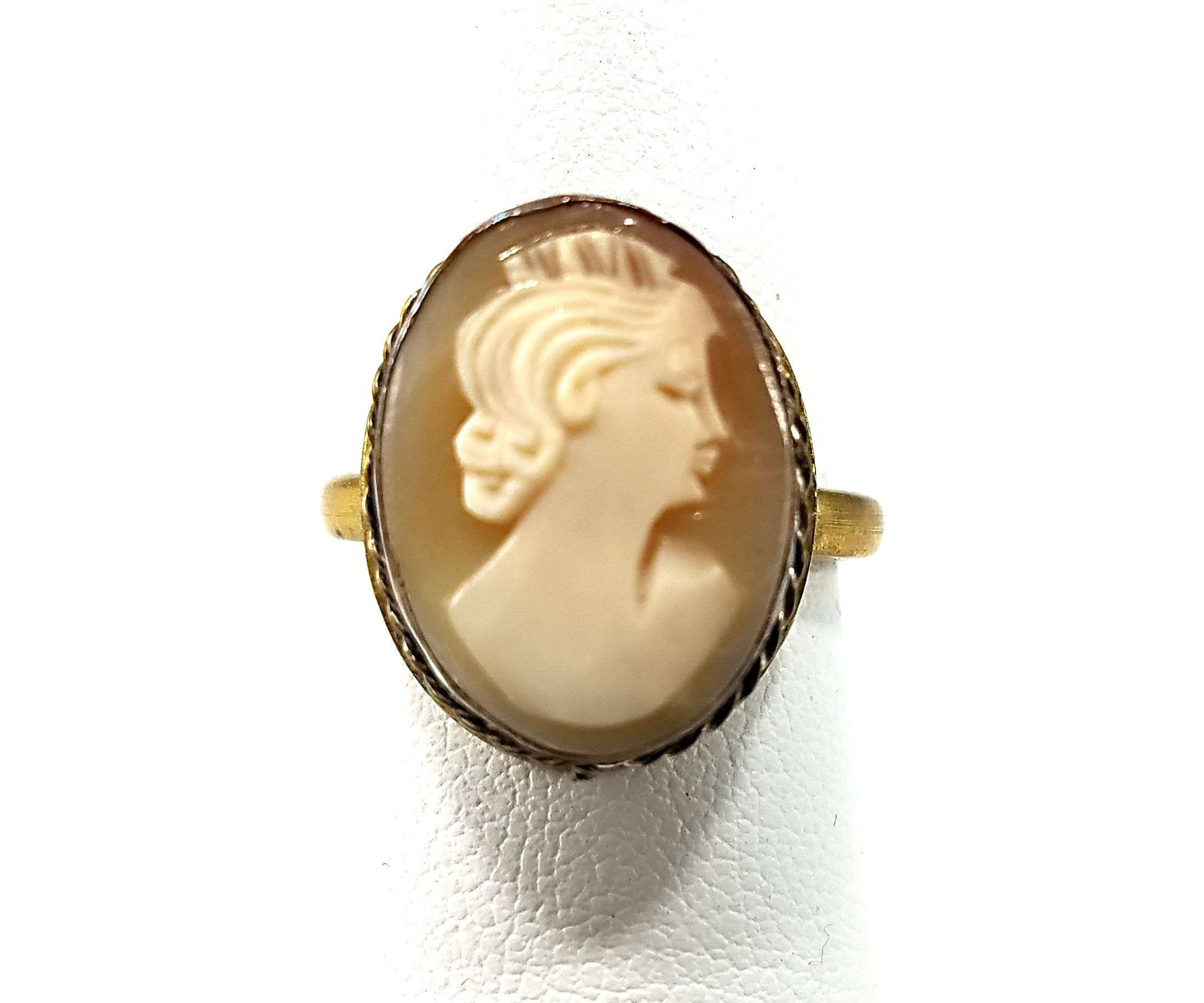 2f605d65706b5 Vintage Cameo Ring Carved Shell Gold Tone over Silver 800 Hand ...
