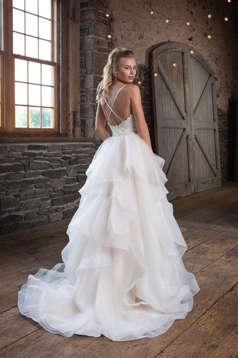 Sweetheart Gowns - Style 17: Duchesse-Kleid Organza Rüschen