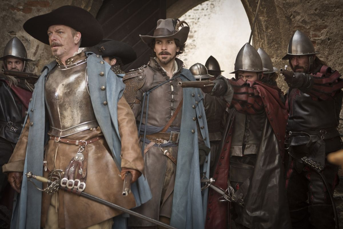 Captain Treville and Aramis. 2x1 Sleight of hand. The Musketeers.