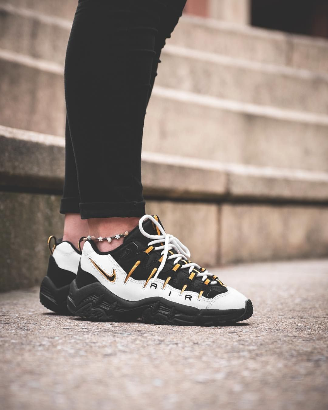 wholesale dealer 67ef8 a24a7 Nike Air Perish   shoe game   Sneakers, Shoe boots et Sneakers fashion