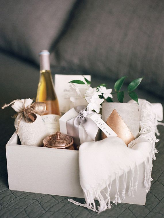 Wedding Gift Basket Bridesmaids Gifts Pinterest Gifts Gift