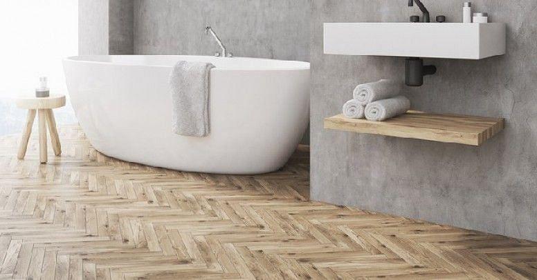 Plytki Drewnopodobne Wzor W Jodelke Bathroom Interior Bathtub