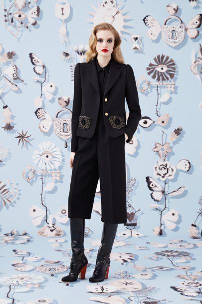 Schiaparelli Prêt-À-Couture Autumn/Winter 2016 Ready-To-Wear Collection | British Vogue