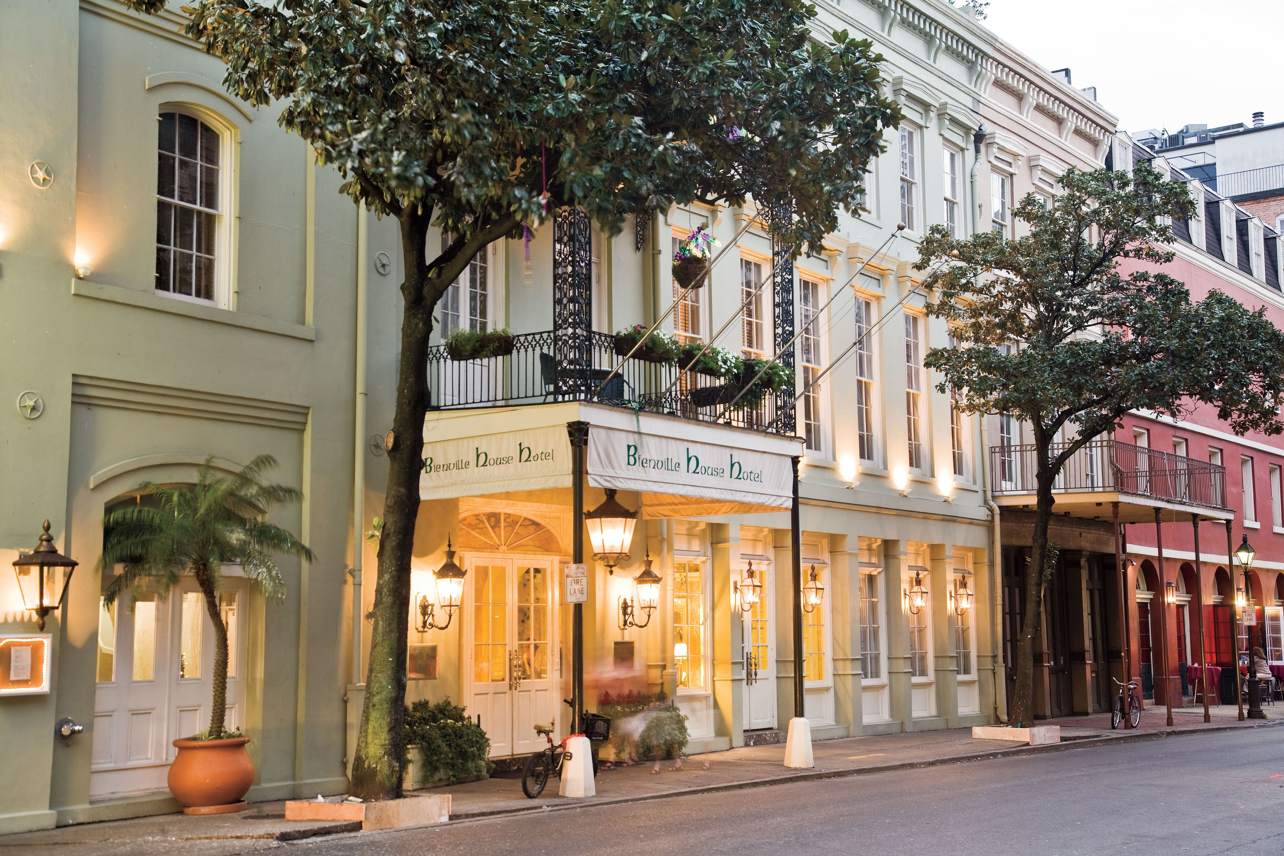 These Nola Hotels Are Hard To Beat All In Or Near The French Quarter They Re Tops For Location Style And Easy Flavor