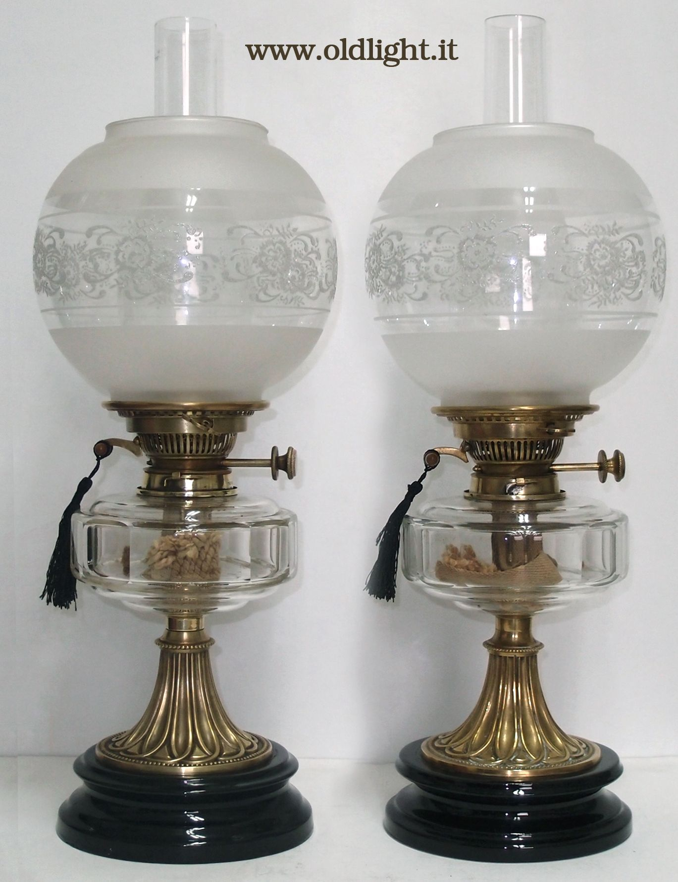 Coppia lampade da tavolo inglesi stile vittoriano in ottone e ceramica contenitori in - Lampade da tavolo in ceramica ...