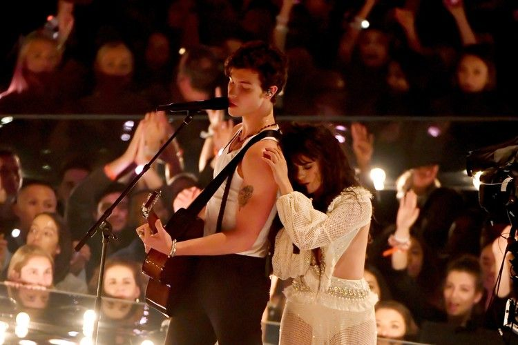Fans Think Camila Cabello S New Song Liar Could Be About Shawn Mendes Or An Ex Bustle Camila Cabello Shawn Mendes Mendes