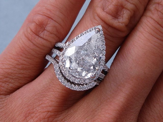 Delicieux Ctw Pear Shape Diamond Engagement Ring And Wedding Ring Set