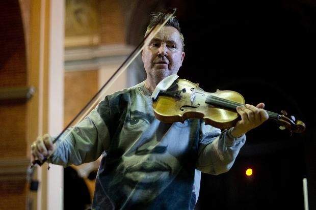 Nigel Kennedy | Mu: He Plays the Violin | Nigel kennedy