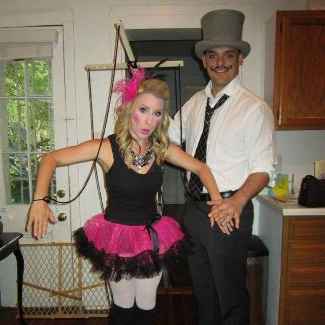 32 diy ideas for couples halloween costumes couple halloween 32 diy ideas for couples halloween costumes solutioingenieria Images