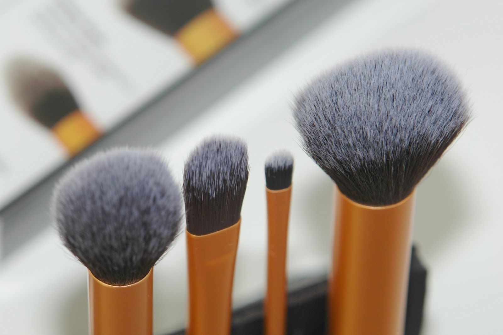 Real Techniques Core Collection review, brushes, make up