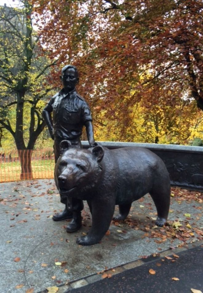'Soldier bear' statue unveiled in Edinburgh's Princes Street Gardens