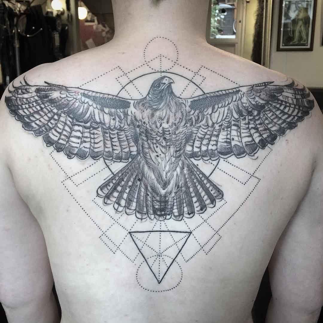 Aguila En La Espalda eagle back tattoo | tatuajes espalda hombre, tatuaje de