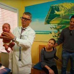 Kinderarzt zeigt den Supertrick: So hört jedes Baby auf zu ...