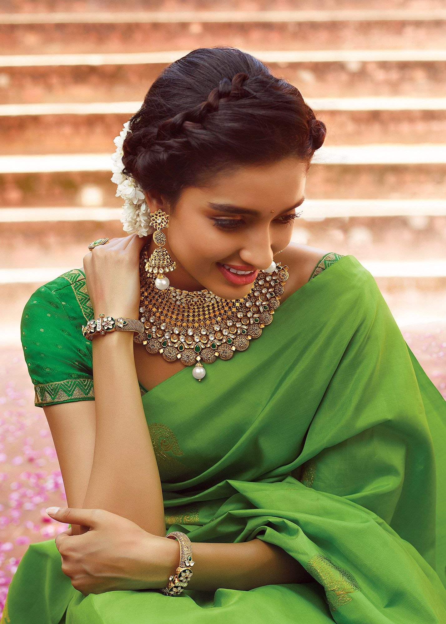 maddy_prince_7.jpg   Simple hairstyle for saree, Saree hairstyles, Indian hairstyles