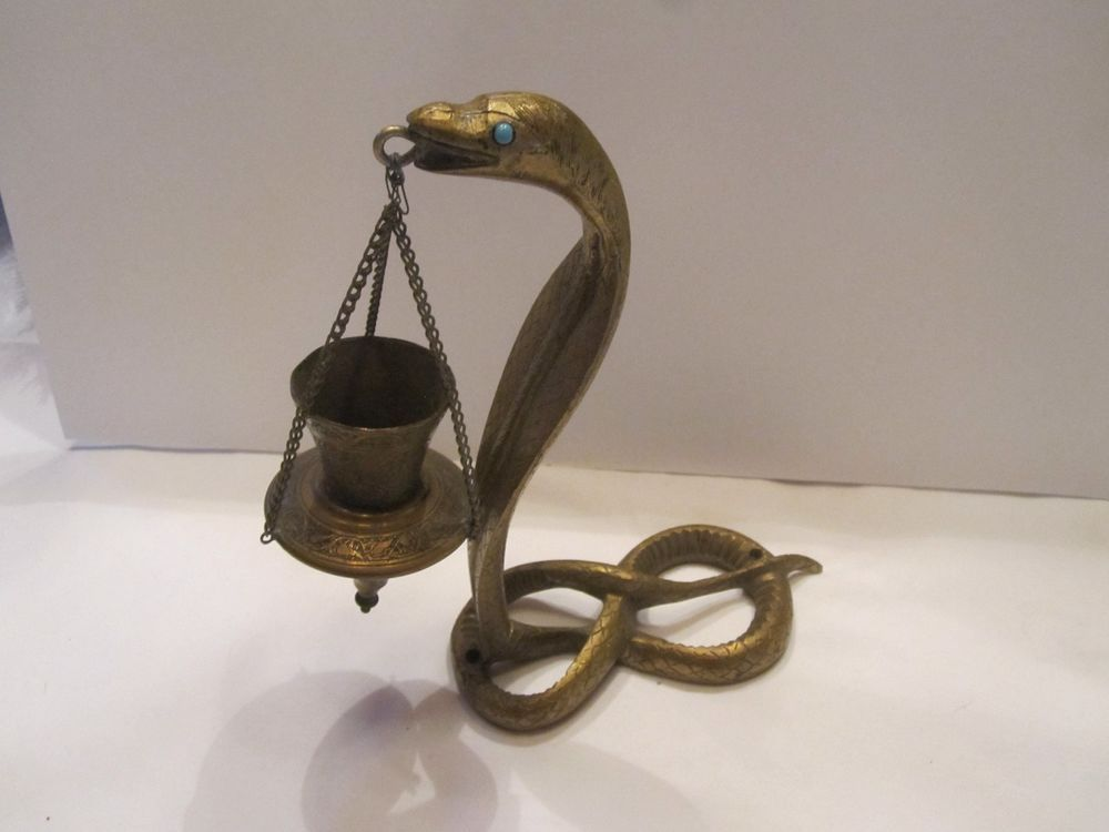 VINTAGE ANTIQUE BRASS KING COBRA WALL SCONCE CANDLE HOLDER ... on Vintage Wall Sconce Candle Holder Decorating Ideas id=71253
