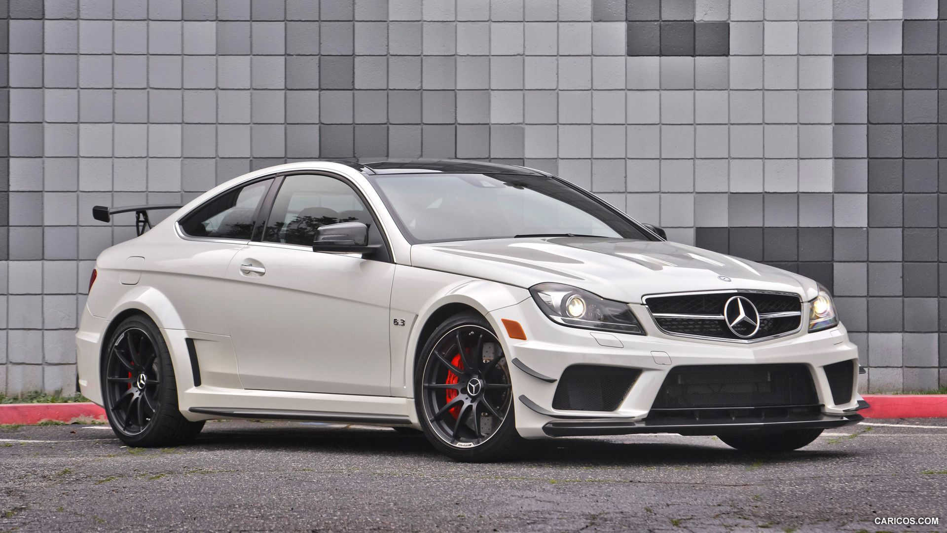 2012 mercedes benz c63 amg coupe black series wallpaper