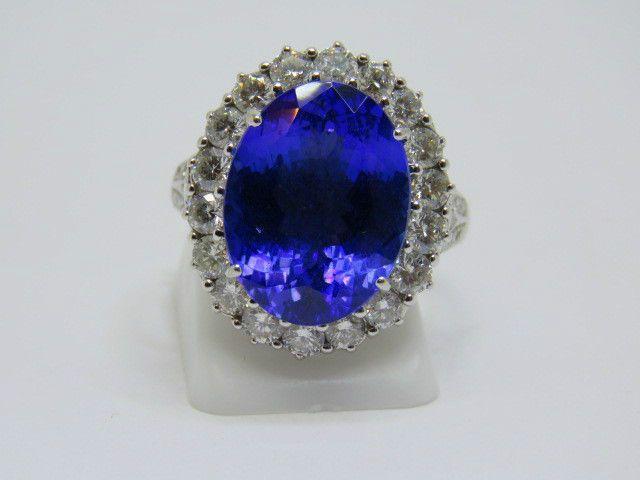 Large AAA Tanzanite 9.20ct. & Diamonds 1.50ct.18k. White Gold Ring Size: O