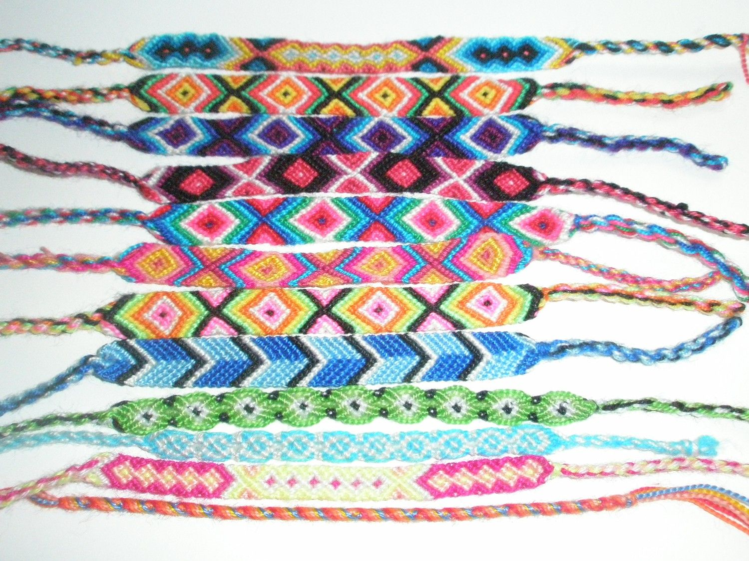 simple embroidery stripe bracelet the to growing two s first friendship diy tutorial knots of it thread on move finished set time diagonal second now