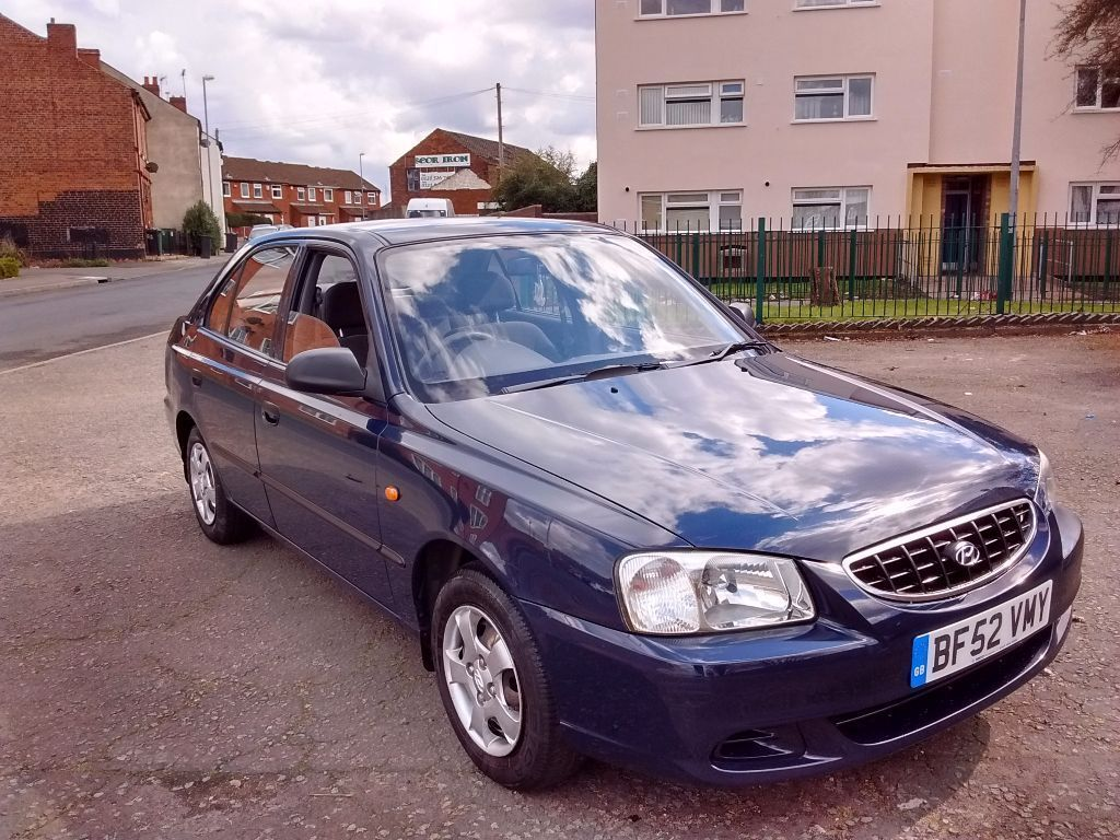 Hyundai accent long tax&mot realy good condition not