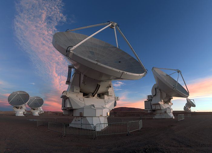 One member of the ALMA Observatory team. Credit: ESO Astronomy / Petr Horálek Photography http://socsi.in/5WCJ8