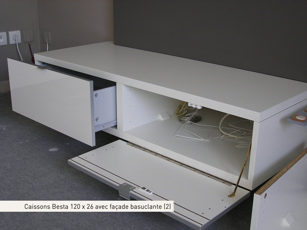 Caissons Besta 120 X 26 Avec Fa Ades Basculantes Ce Dossier Nous  # Customiser Meuble Besta