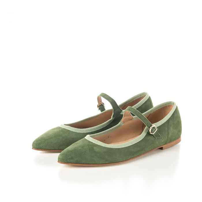 Pointed toe ballet flats in olive green