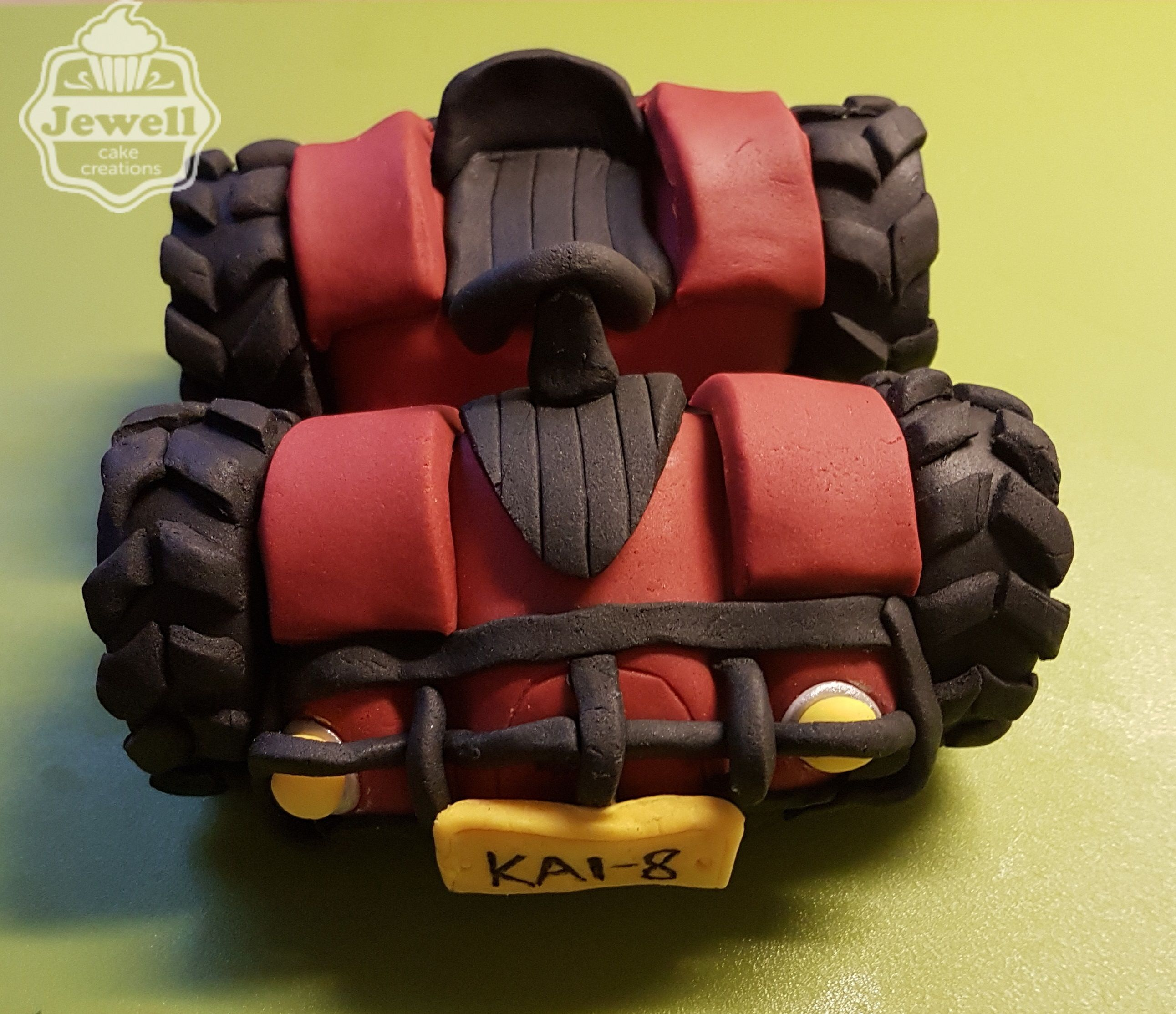 Quad bike birthday cake topper, made out of sugarpaste!