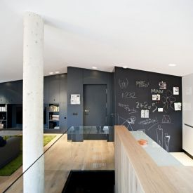 0710 Duplex PZG is a minimalist house located in La Rioja, Spain, designed by n232 Arquitectura.