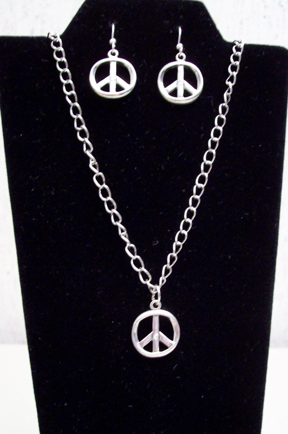 Peace sign pendant and earrings setsilverjewelrygift ideasgifts peace sign pendant and earrings setsilverjewelrygift ideasgifts for mozeypictures Image collections