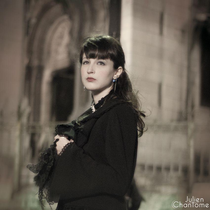 Elegant Gothic Lolita Fashion Style    Clothes : Moi Même Moitié  http://moi-meme-moitie.shop-pro.jp/    Model : Bonbon Maléfique  http://www.bonbonmalefique.com/    Photo : Julien Chantôme