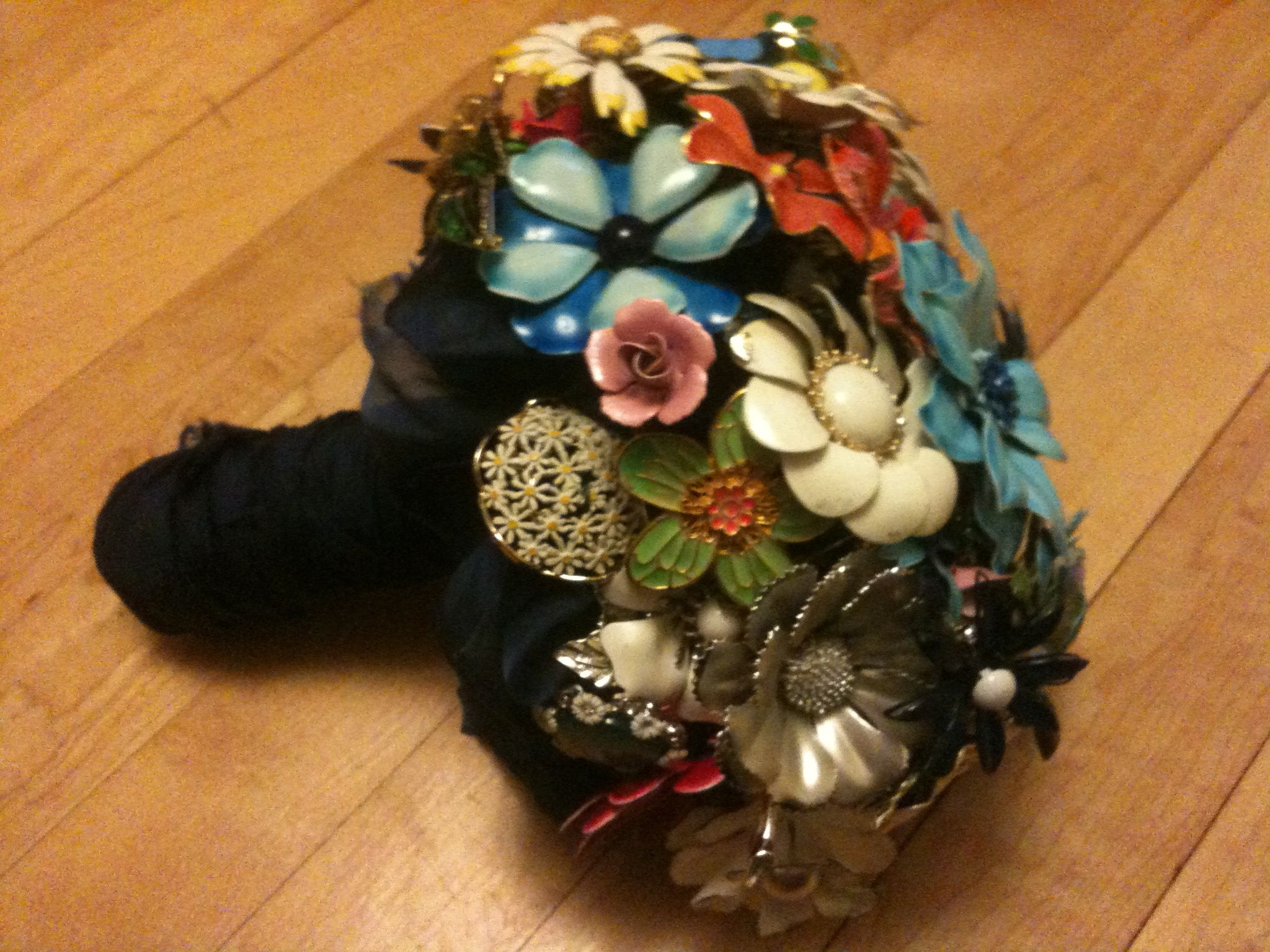 Vintage Brooch Bouquet Nice Decoration For Craft Booth Home