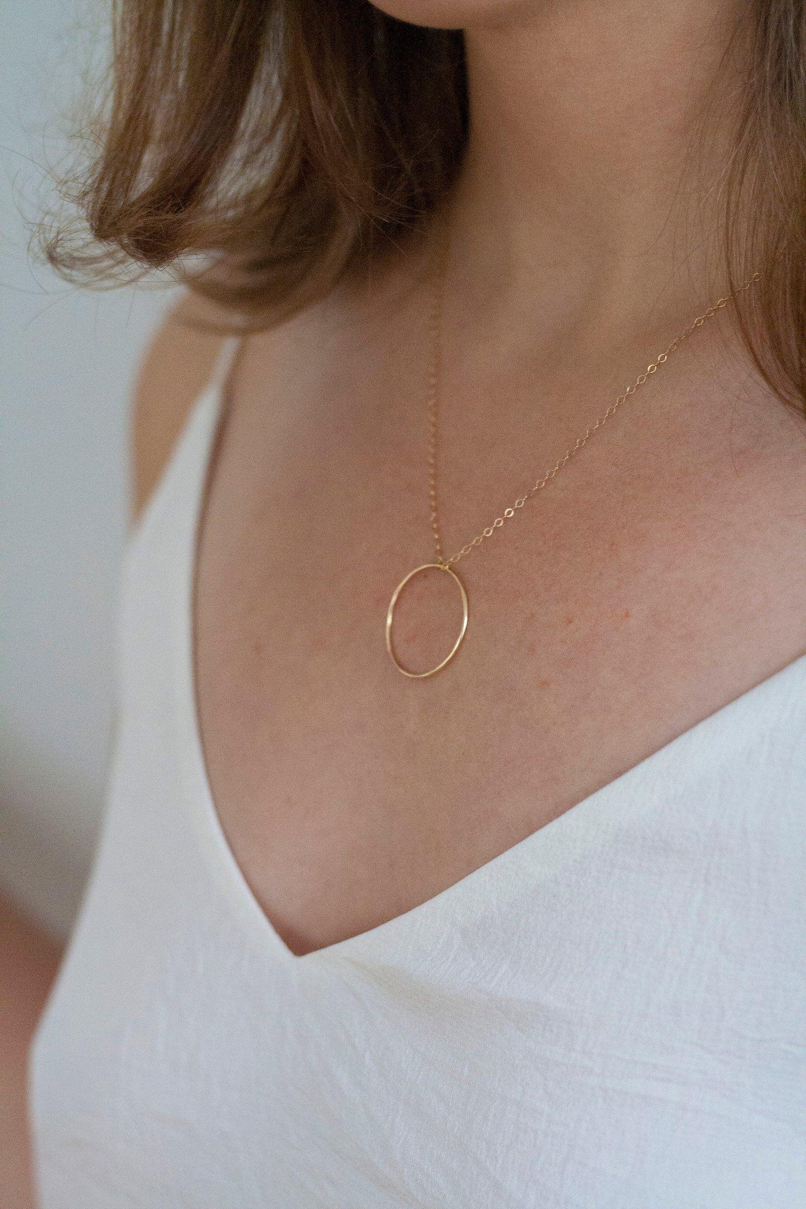 10 Minimalist Necklace 14k Gold Filled Hoop Necklace Etsy Minimalist Necklace Necklace Horn Necklace