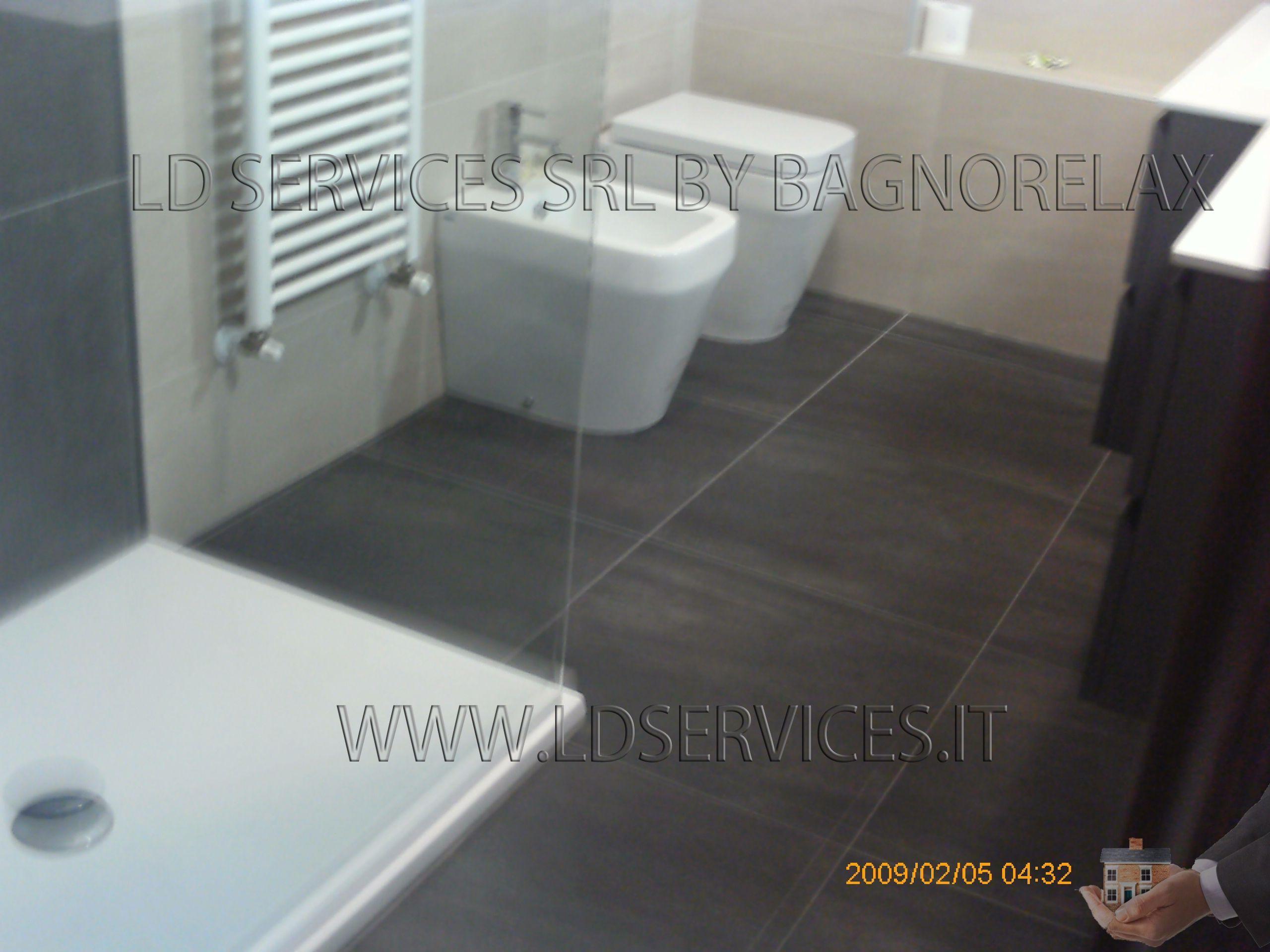 RIstrutturazione nuovo bagno Rivestimento: Marrone www.ldservices ...