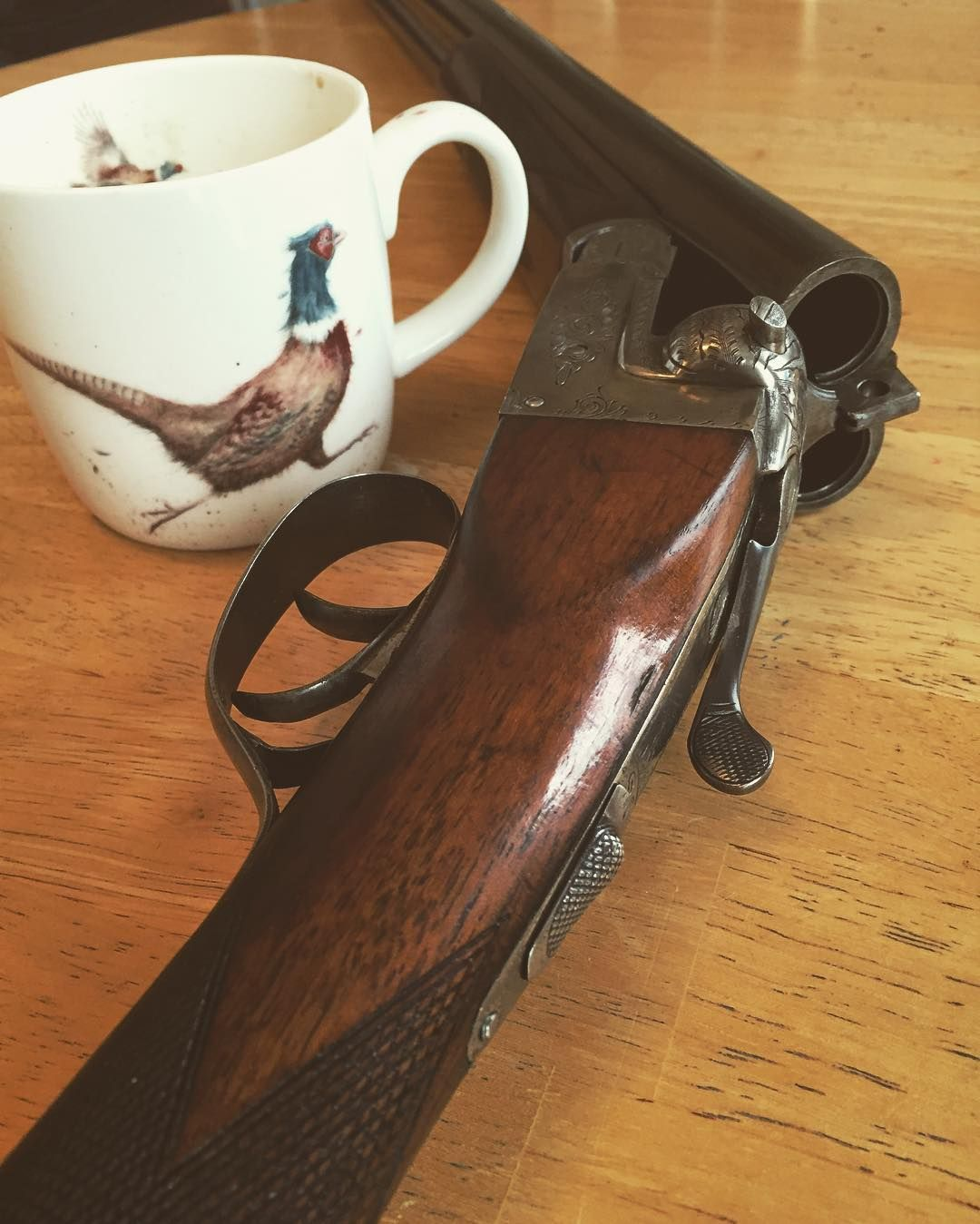 « Time for a nice cuppa and clean this Beauty down after a cracking shoot #clayshooting #claypigeonshooting #sidebysideshotgun #fieldsports #countryliving… »