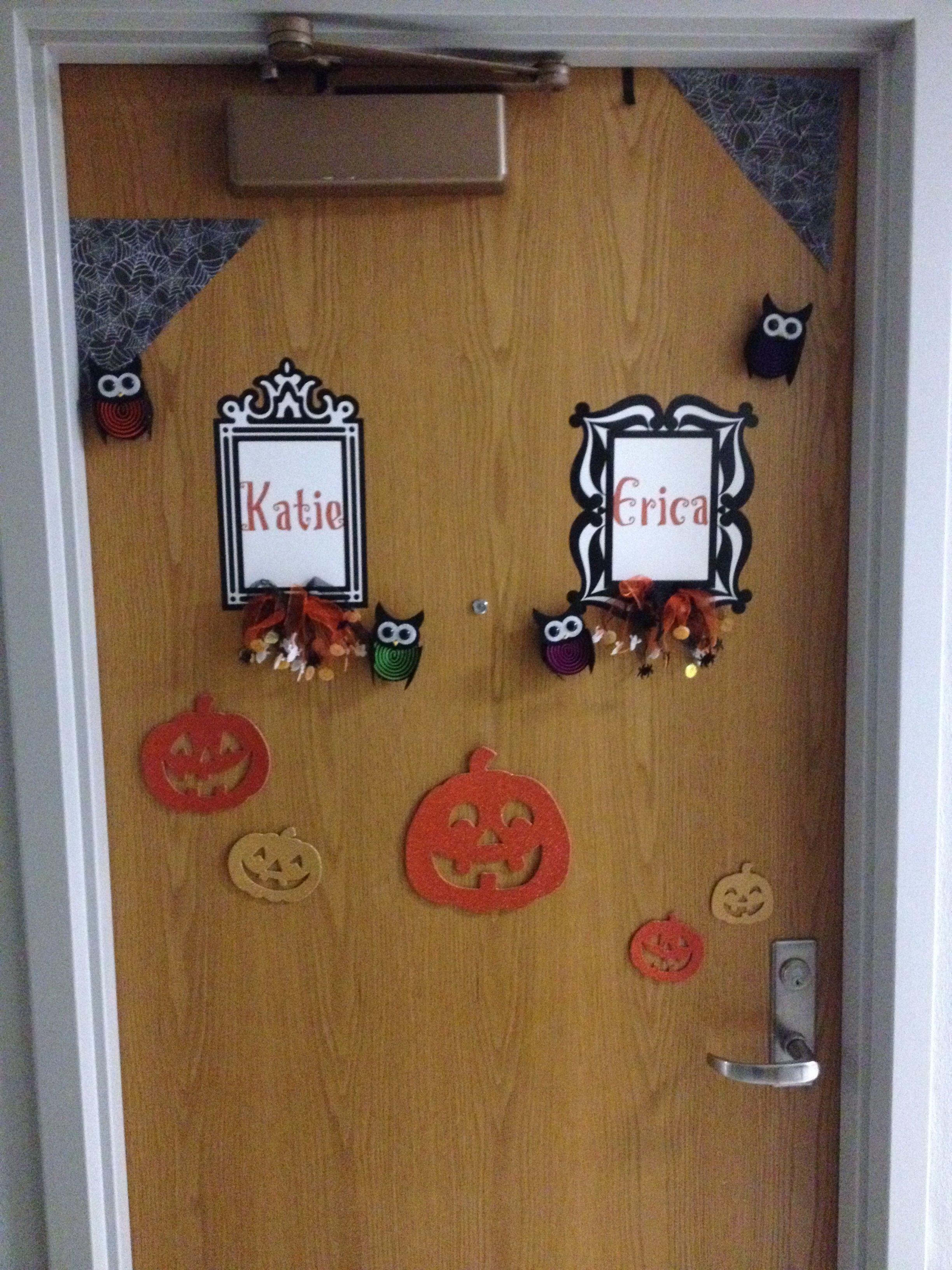 fall dorm door decorations on halloween dorm room door decorations pumpkins spider webs name frames and owls room door decorations door decorations girls dorm room decorations halloween dorm room door decorations