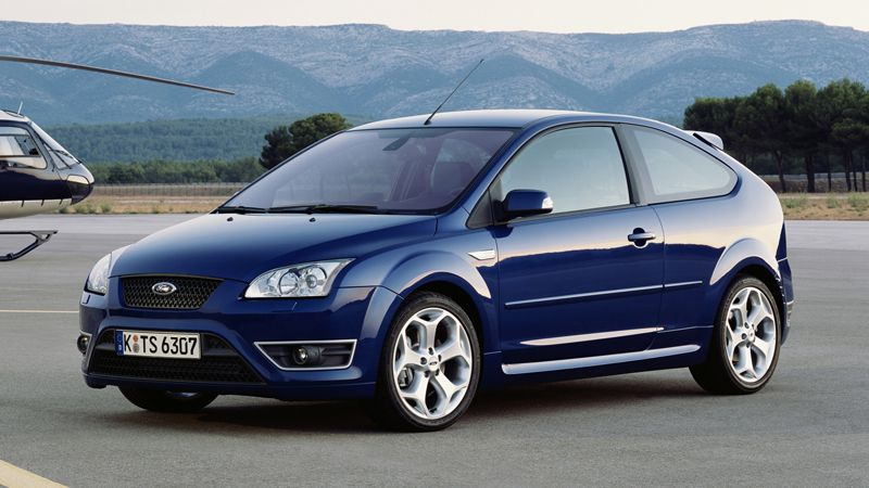 Ford Focus St Vs Mini Cooper S Ford Focus Ford Focus St Most