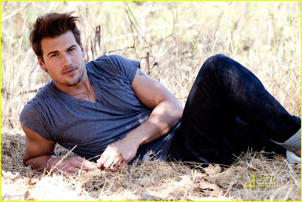 nick zano legends of tomorrow
