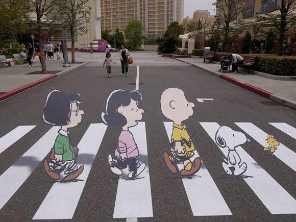 caminando entre Peanuts