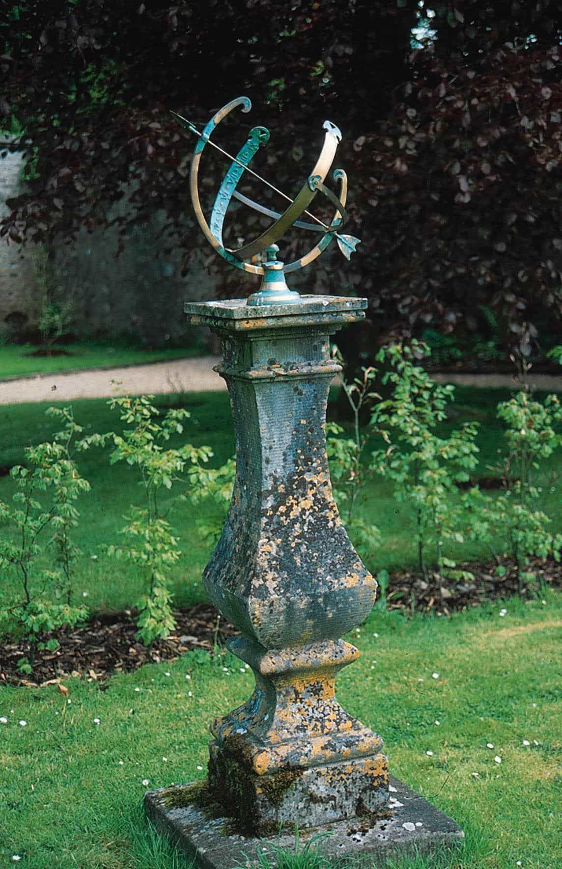 Timeless And Decorative Garden Sundials   Gardens, Flowers garden ...