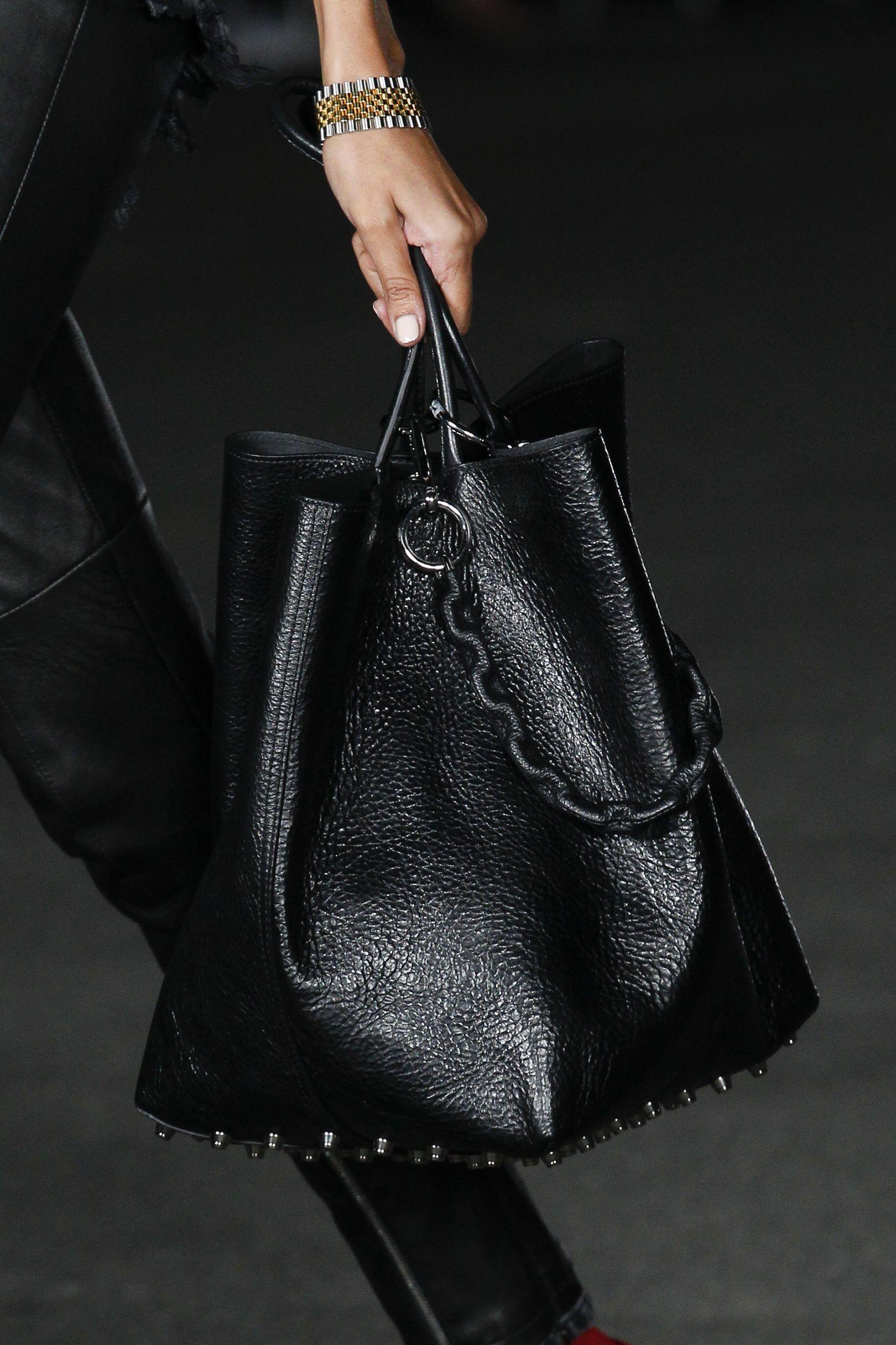 63f8824845a5 Vogue's Ultimate Bag Trend Guide Spring/Summer 2018   British Vogue