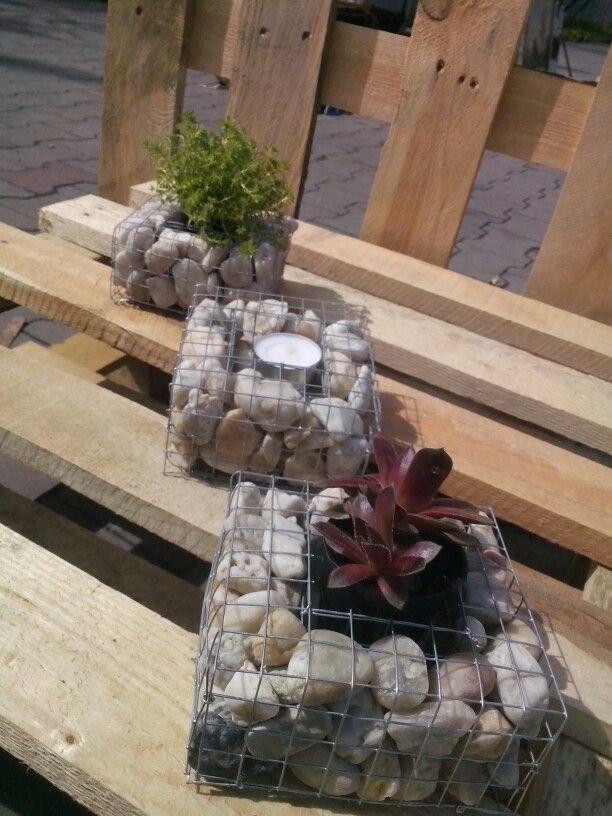 Diy Mini Gabion Lantern Planter Planter Boxes Planters 400 x 300